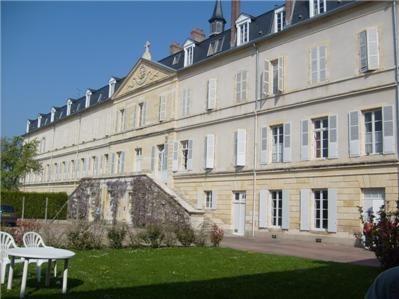 Hồi ký : chuyến viếng thăm tu viện Nevers dịp bách chu niên (1879 - 1979)