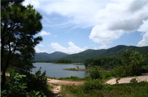 Yên Trung Hồ 2