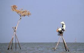 Biển Hồ đi dễ khó về...