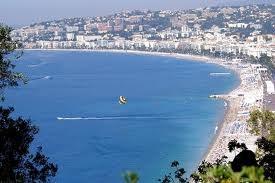 Nice, biển xanh nước Pháp