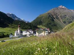 Tyrol - phố núi bình yên