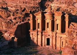 Petra-Jordania: thành phố của những ngôi mộ