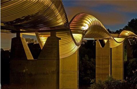 Những cây cầu có kiến trúc 'đẹp lạ'