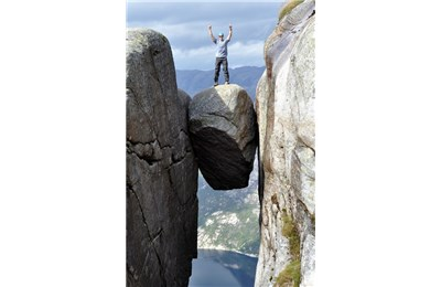 10 tảng đá chông chênh nhưng thăng bằng nhất thế giới
