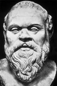 Socrate Tiêu biểu cho triết học hiện sinh hay triết học theo chân lý vương giả?