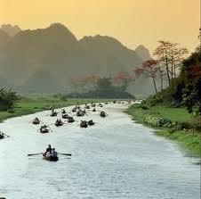 Đi thăm Chùa Hương