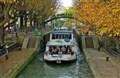 Khám phá vẻ đẹp Paris xưa từ dòng kênh Saint-Martin