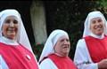 Các nữ tu mù dòng Thánh Thể Don Orione