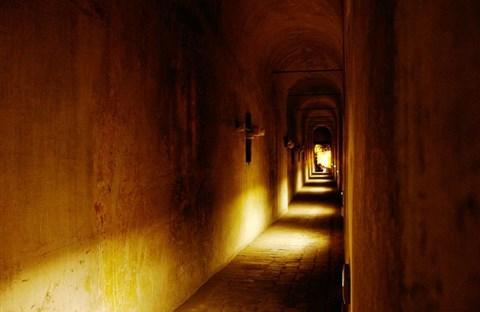 Giải mã bí ẩn về lối thoát hiểm của Đức Giáo Hoàng