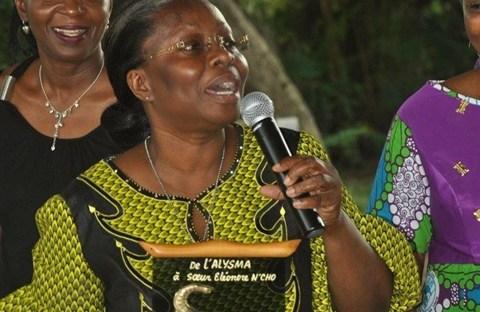 Éléonore N'cho: Nữ tu, bà góa, mẹ bốn đứa con