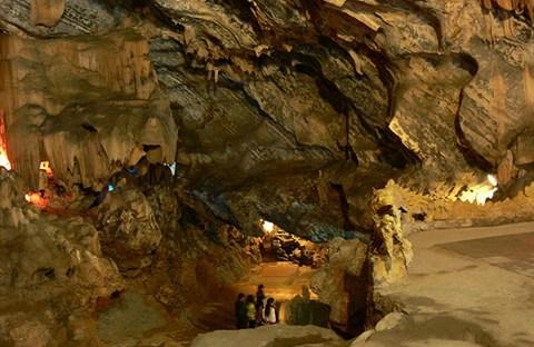 Những hang động tại Việt nam
