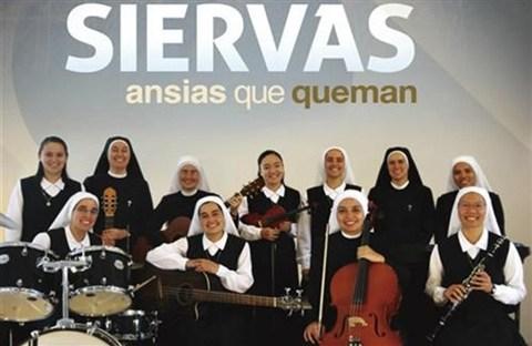 "Băng nhạc pop ""Siervas"" của các nữ tu"