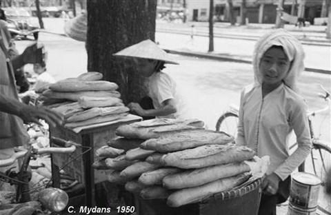 Bánh Mì Sài Gòn theo dòng thời gian