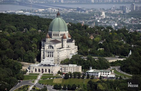 Thăm Đền Thánh Giuse (Montréal)