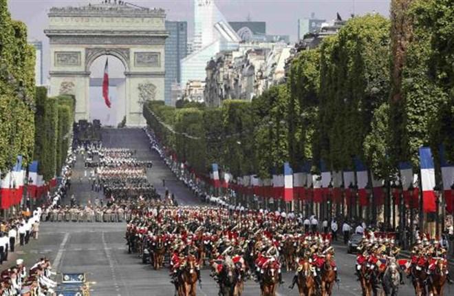 Champs-Elysées: Từ bãi sình lầy tới đại lộ đẹp nhất thế giới