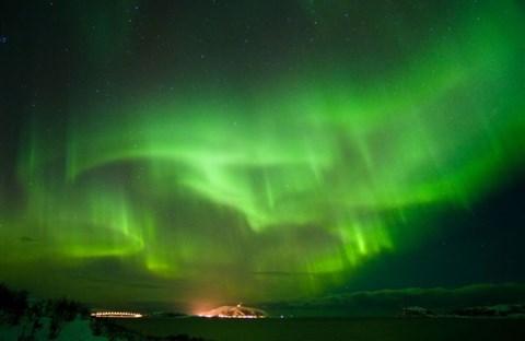 Gió trời và hiện tượng ánh sáng phương Bắc