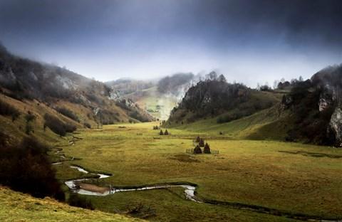 Vẻ đẹp kỳ diệu trên mảnh đất Transylvania huyền thoại
