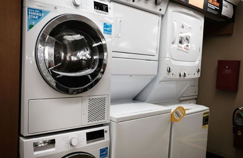 Máy giặt và máy sấy hoạt động ra sao