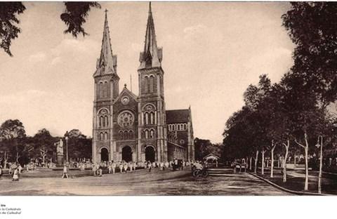 Đến Đường sách xem bản đồ và hình ảnh Sài Gòn xưa