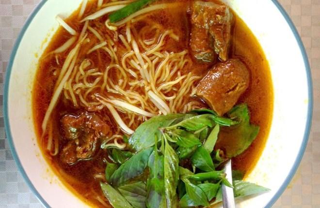 Hủ tiếu bò cay Bạc Liêu, món khoái khẩu của người Sài Gòn
