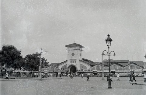 Chợ Bến Thành hơn 90 năm trước, khi xe máy chưa xuất hiện