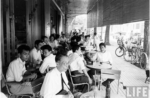 Tách cà phê và người Sài Gòn ...năm xưa