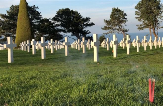 Normandie, những mộ phần bên nhau