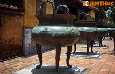 Giải mã trọn bộ hình tượng Cửu Đỉnh nhà Nguyễn