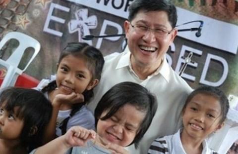 Đức Hồng y Tagle, từ gia đình nghèo ở Phi Luật Tân đến chức hồng y
