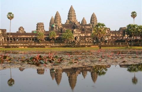 Angkor Wat huyền bí xứ chùa Tháp