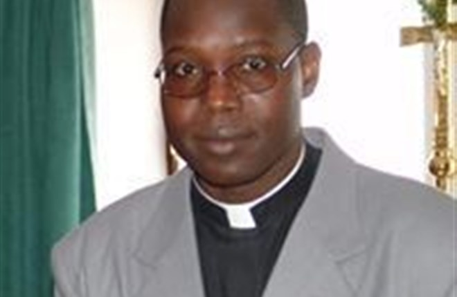 Linh mục Amadou Kizito Togo là con của một giáo sĩ hồi giáo