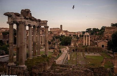 Ngôi mộ huyền thoại dựng thành Rome