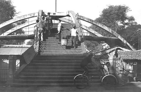 Cầu Ba Cẳng, chiếc cầu đưa sang ba nơi