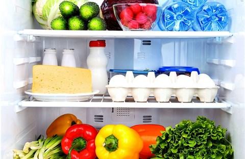 Hướng dẫn cách vệ sinh tủ lạnh: 3 bước đơn giản để tủ hết mùi & sạch