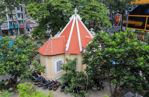 Lăng mộ trăm tuổi của nhà bác học Trương Vĩnh Ký