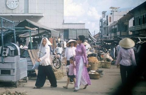 Chợ Bà Chiểu (Sài Gòn) từ những năm 90