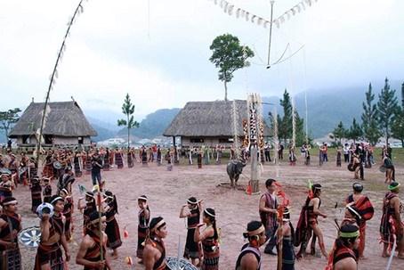 Nét văn hóa độc đáo trong lễ hội ăn trâu của một số dân tộc Tây Nguyên - 1