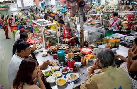 Đi chợ ăn hàng tại Sài Gòn