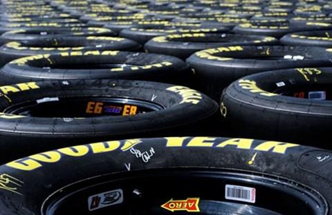 Cách bảo trì vỏ bánh xe để an toàn và tiết kiệm tiền