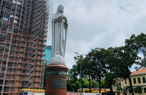 Nhà thờ Đức Bà Sài Gòn qua một bài báo cách đây hơn 60 năm