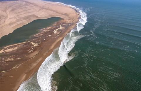 Bờ biển Skeleton: bờ biển nguy hiểm nhất thế giới