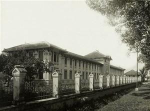truong-gia-long-saigon-14