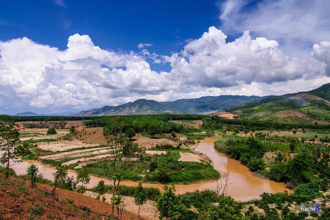 Kon Tum qua các địa danh nổi tiếng - 1