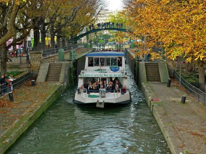Khám phá vẻ đẹp Paris xưa từ dòng kênh Saint-Martin - 1