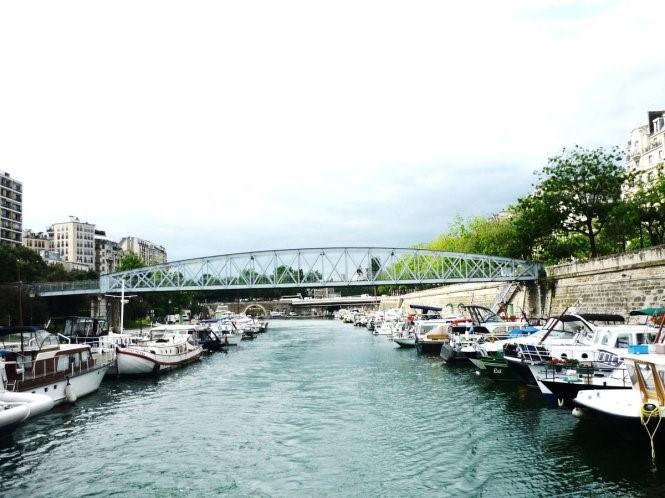 Khám phá vẻ đẹp Paris xưa từ dòng kênh Saint-Martin - 11