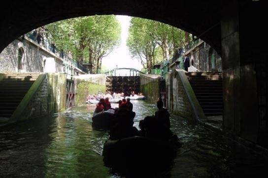 Khám phá vẻ đẹp Paris xưa từ dòng kênh Saint-Martin - 5