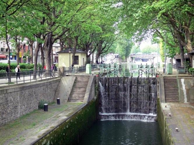 Khám phá vẻ đẹp Paris xưa từ dòng kênh Saint-Martin - 9