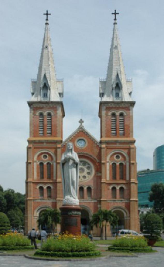 Nhà Thờ Đức Bà, Sài Gòn - 4