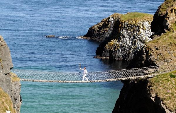 10 cây cầu treo sợ nhất thế giới - 3