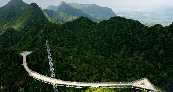 10 cây cầu treo sợ nhất thế giới - 8